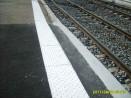 Bande podotactile résine méthacrylate pour quai de gare